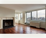 Prime Chelsea Location! 2 Bedroom 2 Badroom with Huge Private Terrace